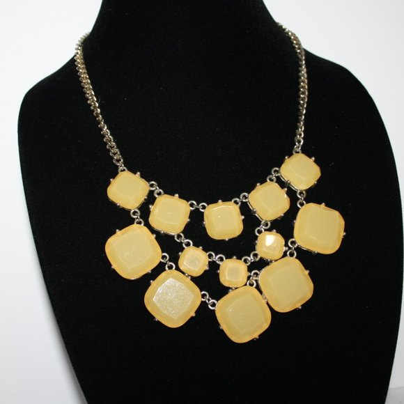 Silver and yellow statement necklace adjust
